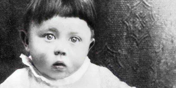 آیا کشتن هیتلر در زمان کودکیاش کاری اخلاقی است؟