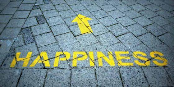 بررسی و نقد ماهیت سلبی سعادت در اخلاق وظیفه گرای کانت